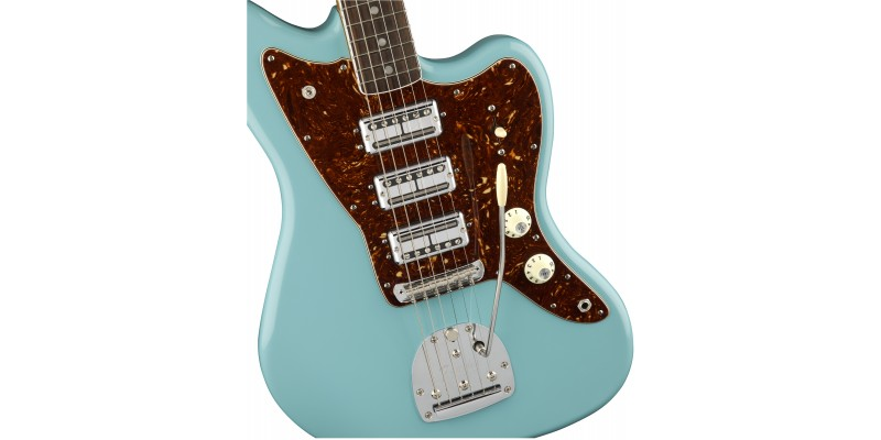 Fender 60th Anniversary Triple Jazzmaster Daphne Blue - Guitar.co.uk