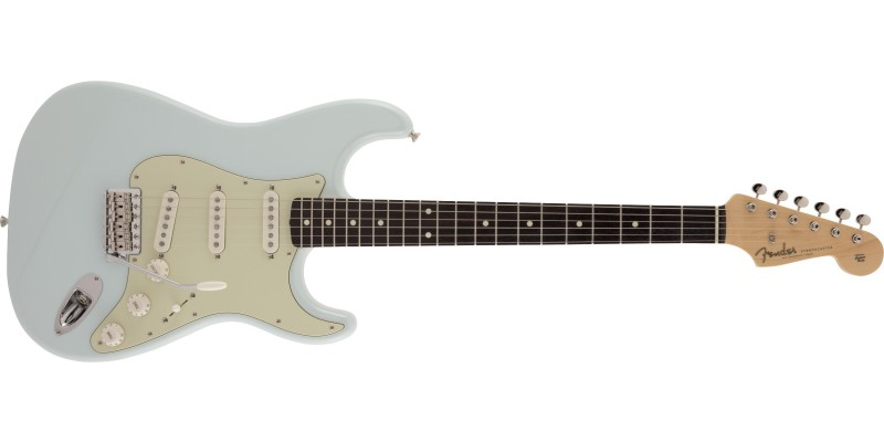 Fender MIJ Limited Edition Traditional '60s Stratocaster Sonic Blue Front